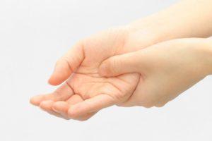 指のバネ指 指の腱鞘炎